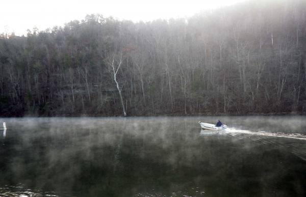 Lilley 39 s lake taneycomo fishing report november 24 for Lake taneycomo fishing