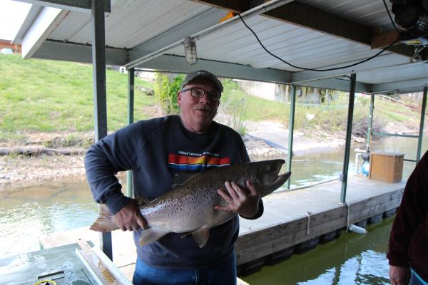 Lilley 39 s lake taneycomo fishing report april 17 for Taneycomo fishing report
